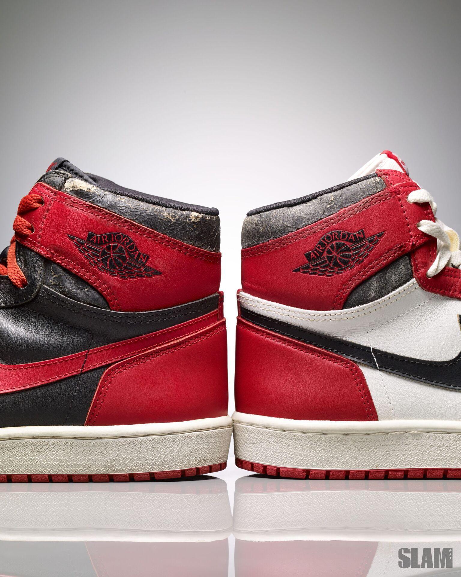 Взлетай: История крылышек на логотипе «Air Jordan». Интервью с создателем Питером Муром
