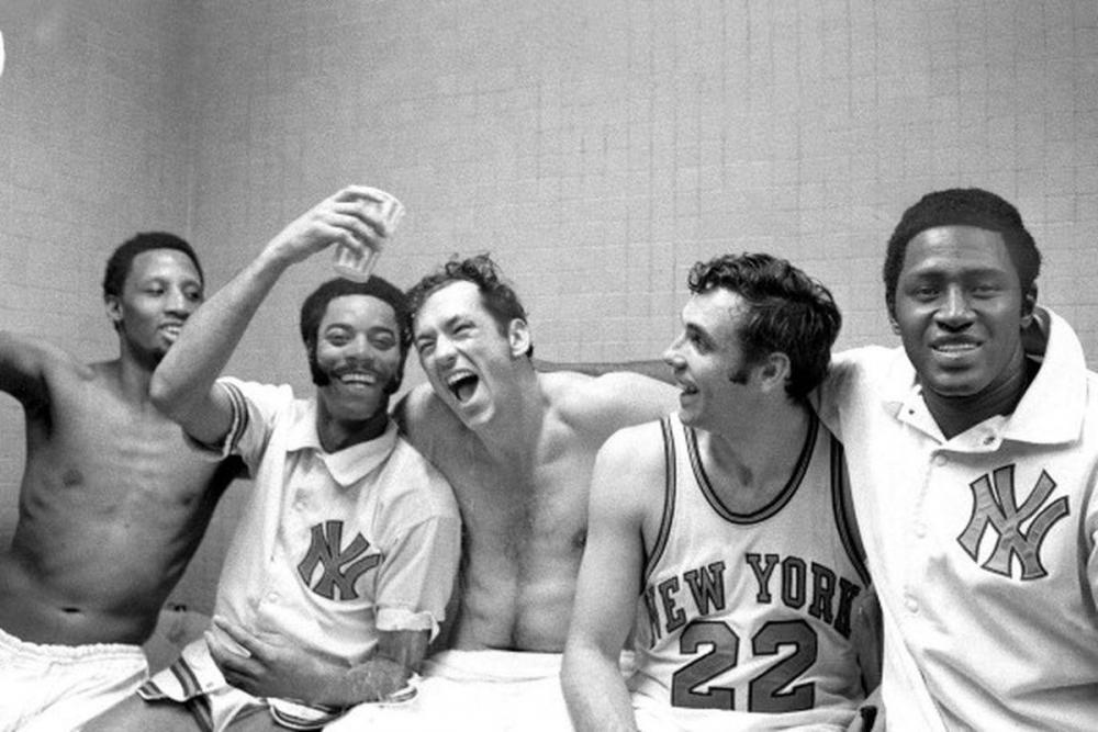 Knicks_Champs.0.thumb.jpg.25c9f13baad157182116ba1ca3805efe.jpg