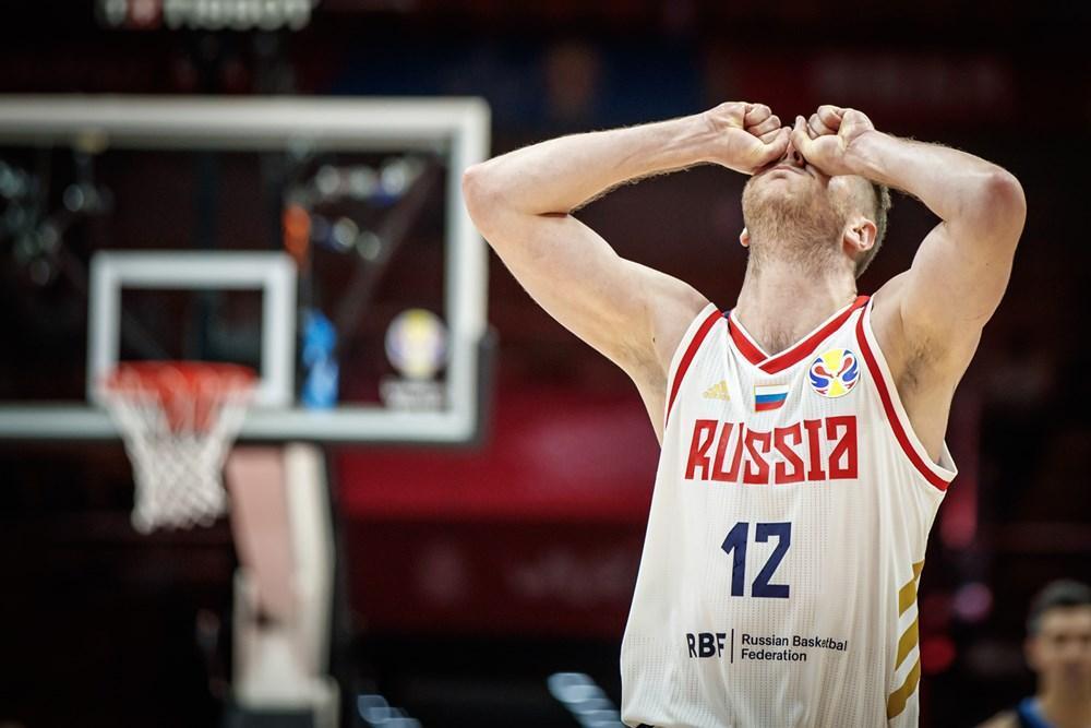 Кто все эти люди? Почему в России никто не смотрит баскетбол